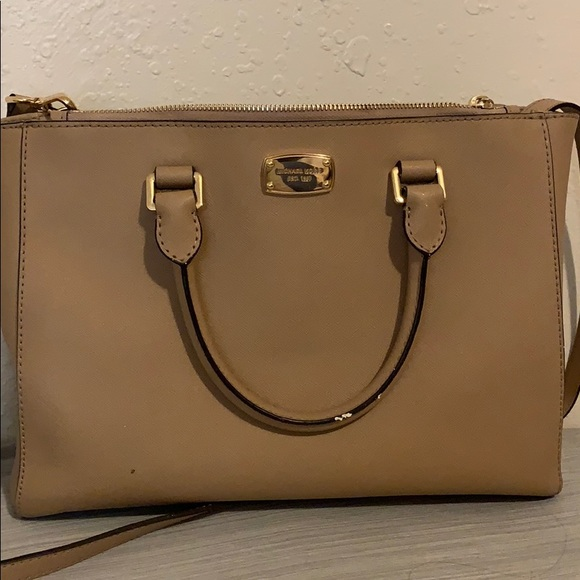Michael Kors Handbags - MK bag
